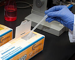 web-related-lab-pipet-disposal-1